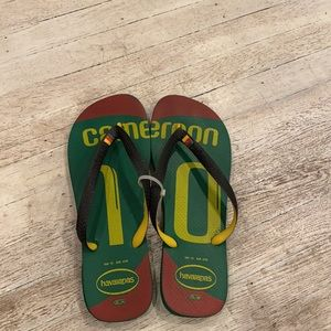 Haviaians Cameroon tricolor red green & yellow flip flop size 12 unisex Guc